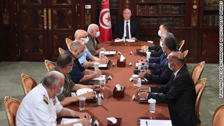 Crise de la démocratie tunisienne après le renversement du gouvernement