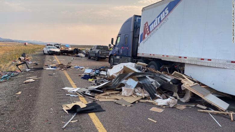 6 people are dead and several more injured after sandstorm leads to 20 vehicle crash in Utah