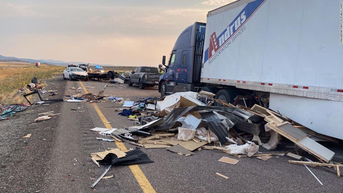7 people dead, several more injured after sandstorm leads to 20-vehicle crash