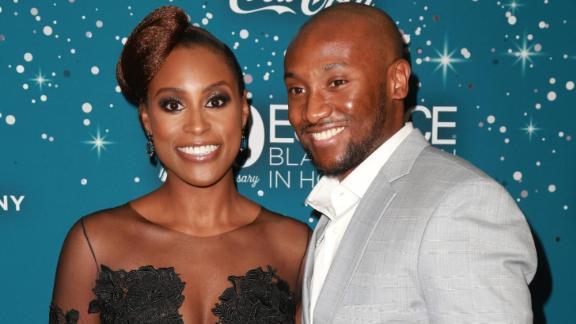 Issa Rae, présentée aux Essence Black Women in Hollywood Awards à Beverly Hills en 2017, avec Louis Diame, qu'elle a épousé.