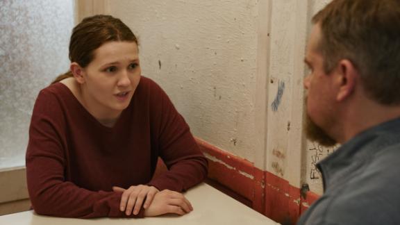 Abigail Breslin and Matt Damon in director Tom McCarthy's 'Stillwater' (Jessica Forde / Focus Features).
