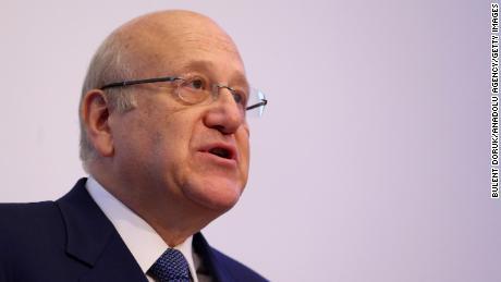 Den nye libanesiske statsministeren 'hurtige løsninger' for å hjelpe landet sitt ut av den økonomiske krisen