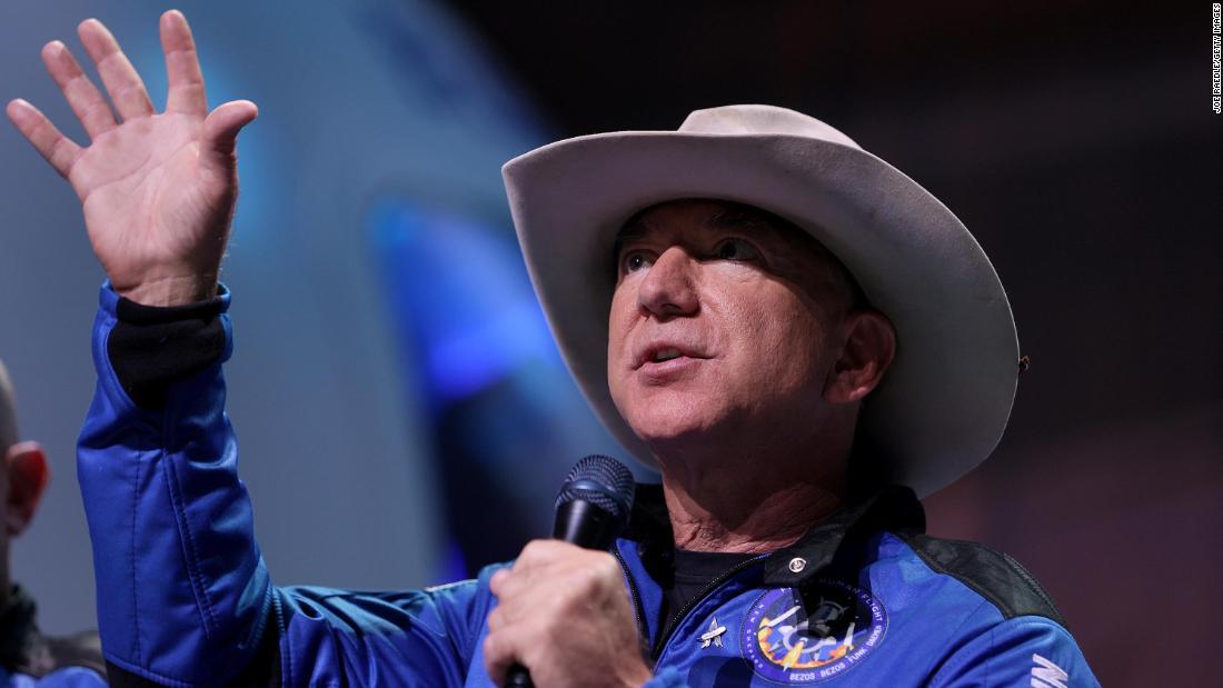 Jeff Bezos offers NASA $2 billion to get Blue Origin back in the moon race