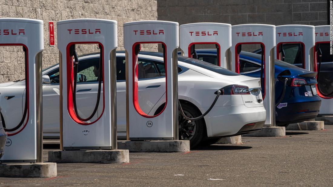 How Tesla made more than $1 billion