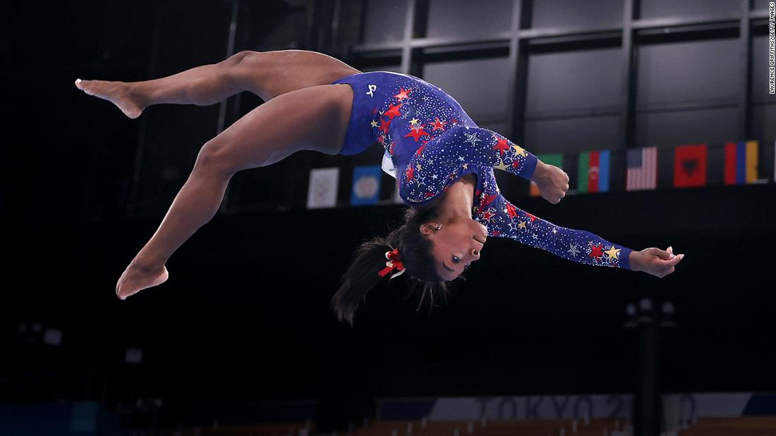 Simone Biles said she had 'the twisties.' Here's what that means