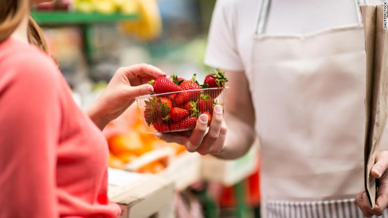 Eating foods high in flavonoids could slow down cognitive decline, a study says
