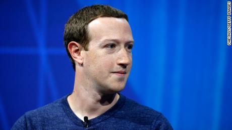 Facebook double ses bénéfices mais se prépare aux changements de confidentialité d'Apple