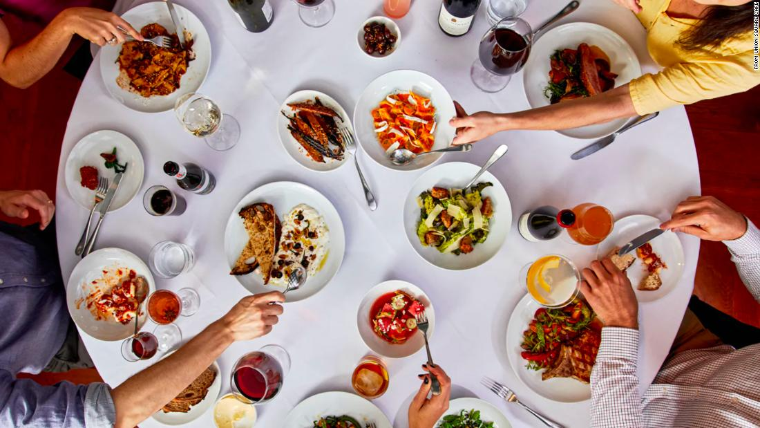 Famed restaurateur: If you want to be unvaccinated, 'you can dine somewhere else'