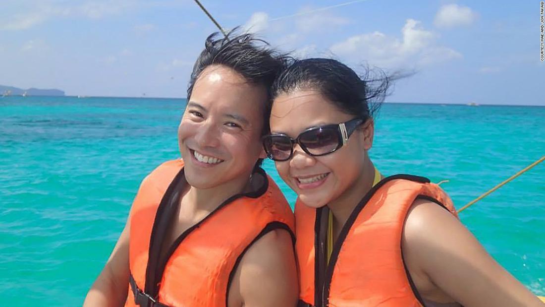 The couple who met on the beach at Boracay