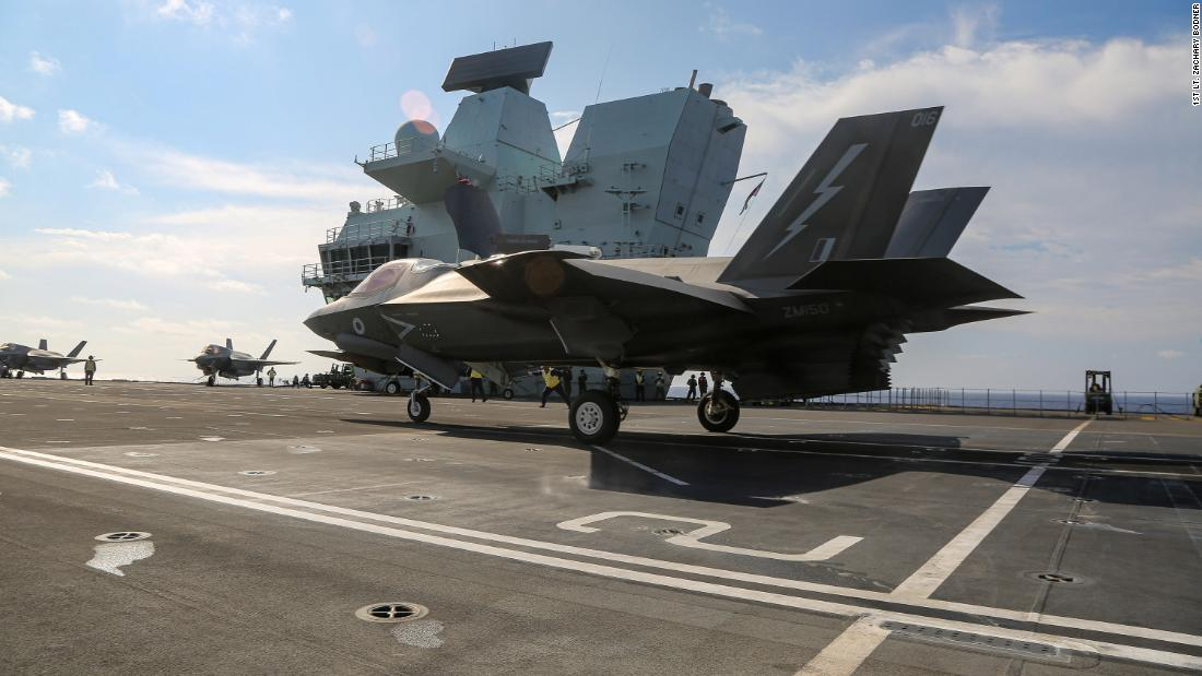 UK aircraft carrier pictured in South China Sea