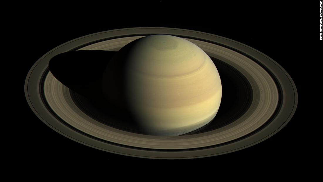 Saturn will glow brightly in the sky next week. Here's how to see it