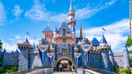 Disney and Walmart mandate vaccines for employees