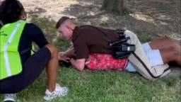 Video reveals a Texas sheriff's deputy on high of juvenile after which detaining mom throughout police encounter