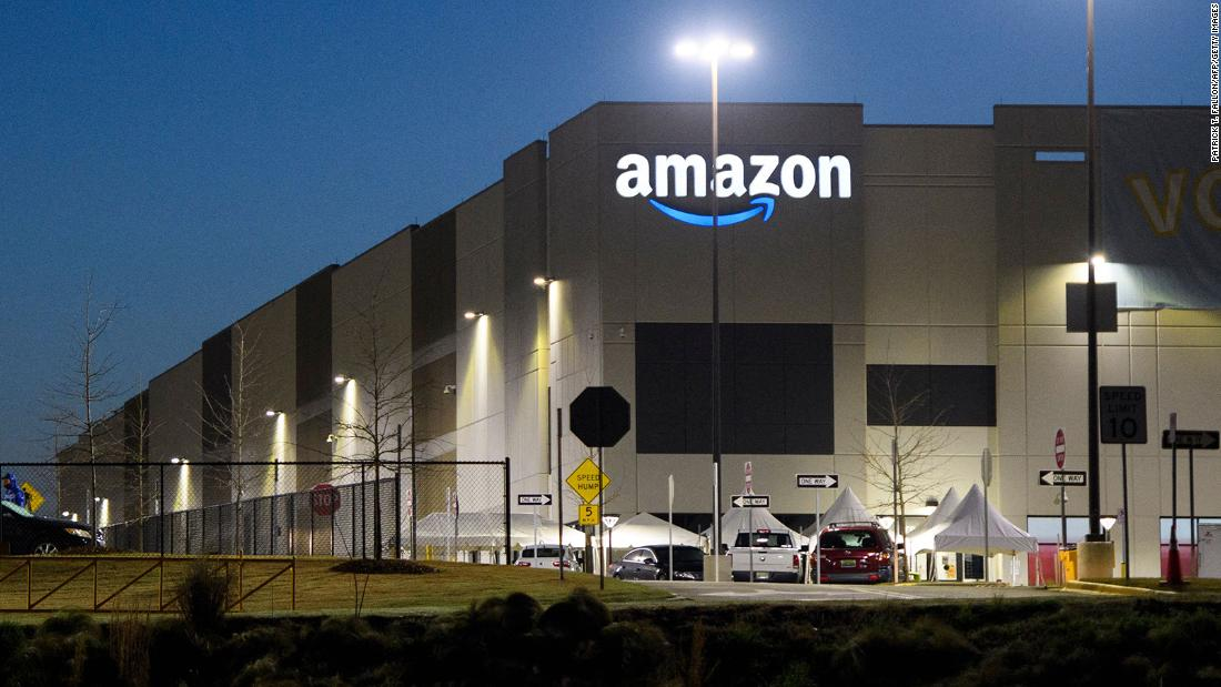 Photo of Amazon union election results should be set aside due to misconduct, NLRB officer recommends