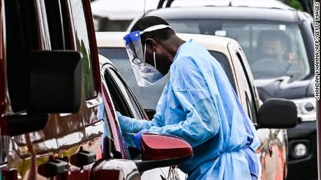 US planning to expand coronavirus testing, Fauci says