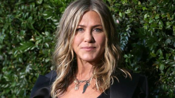 Jennifer Aniston, vue ici lors d'un événement en 2018, a récemment partagé ses sentiments sur ceux qui choisissent de ne pas se faire vacciner contre le coronavirus.