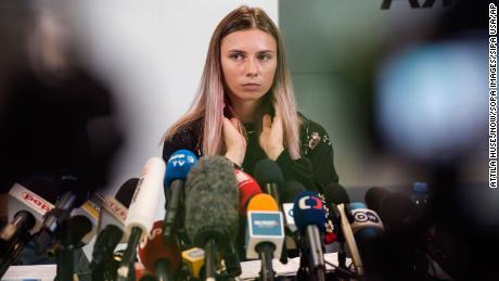 Kristina Timanovskaya durante una conferencia de prensa en Varsovia, Polonia, el 5 de agosto.