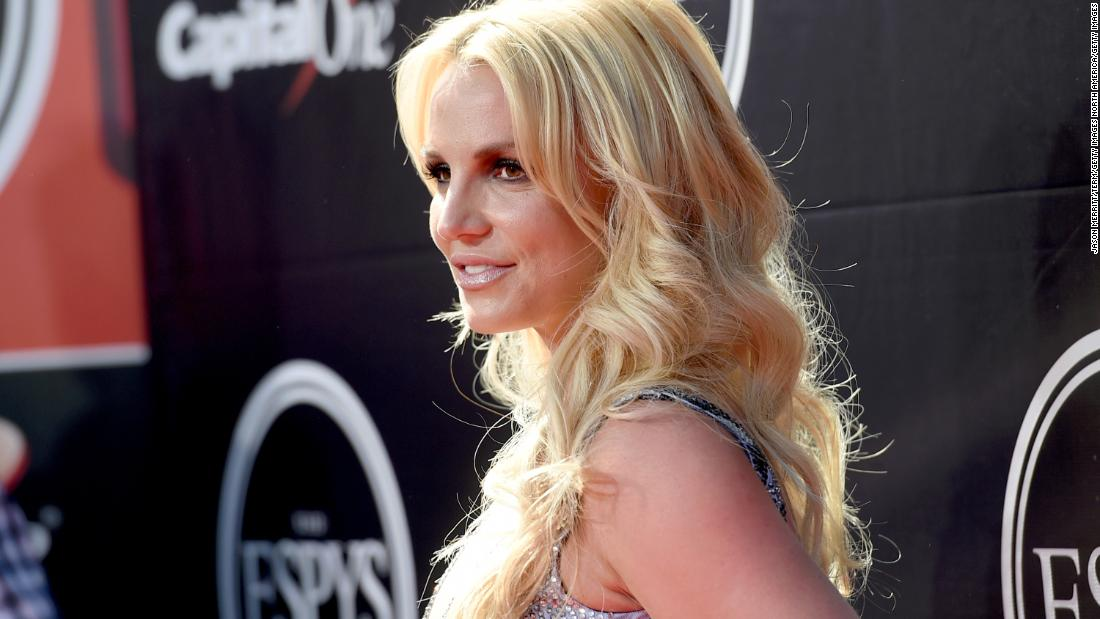 Britney Spears deletes her Instagram, source says 'it was her decision'