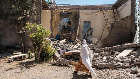 Ένα σπίτι που καταστράφηκε κατά τη διάρκεια των συγκρούσεων στην πόλη Τυγκράιαν Γουκούρου, με την είσοδο δυνάμεων συμμαχικών με την αιθιοπική κυβέρνηση τον Μάρτιο.