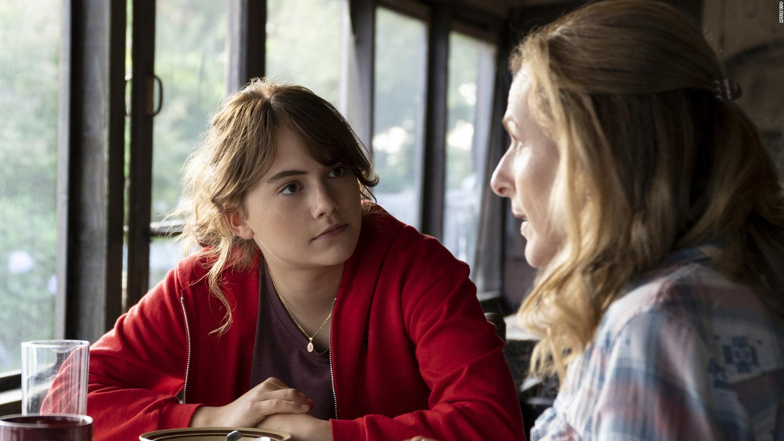 Coda' review: Emilia Jones and Marlee Matlin star in a small movie that  hits all the right notes - CNN