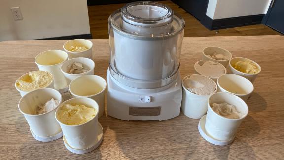 Cuisinart 1.5 Quart Frozen Yogurt ICE-21P1