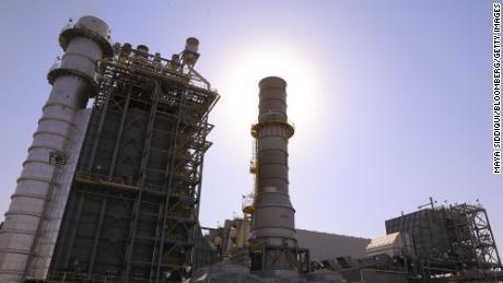Grandes petrolíferas criticam Biden por se dirigir à OPEP para obter mais petróleo