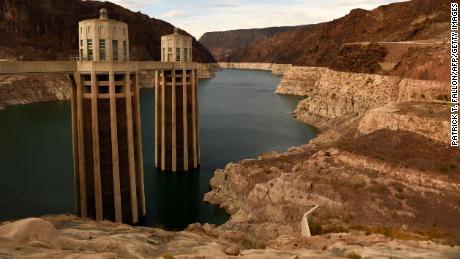 El río Colorado declaró por primera vez cortes de agua en una sequía histórica