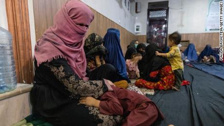 Les talibans ont frappé à sa porte 3 fois. La quatrième fois, ils l'ont tuée