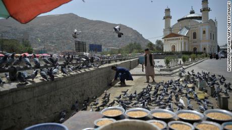 Taliban keep low-key presence on streets of Kabul