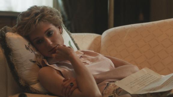 Elizabeth Debicki dans le rôle de la princesse Diana dans Netflix