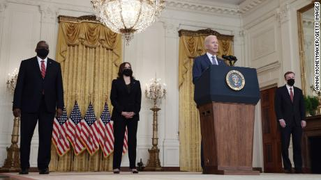 Biden focuses on 'getting this job done' as chaotic evacuation from Afghanistan grows desperate