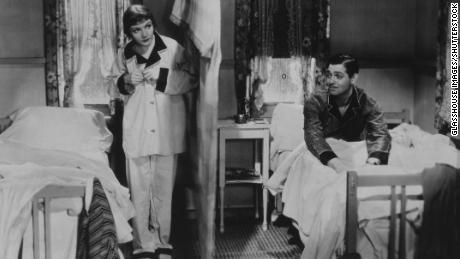 """Clark Gable and Claudette Colbert starred in """"It Happened One Night,"""" a 1934 movie that swept the Oscars."""