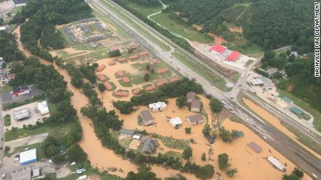 Tennessee flooding leaves 21 people dead and around 20 others missing