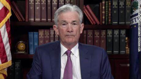 La Fed está a punto de reducir su estímulo económico de emergencia, insinúa Jerome Powell