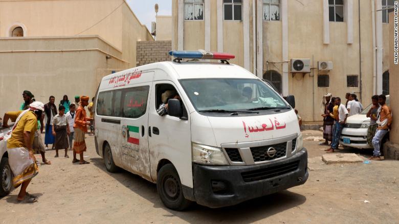 Houthi strikes on Yemen base kill at least 30, spokesman says