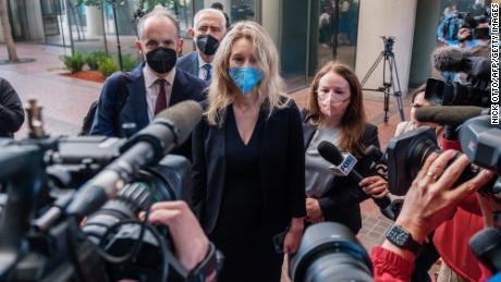 Le jury du procès pénal d'Elizabeth Holmes a été sélectionné