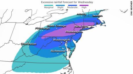 Le Weather Prediction Center a placé un «risque élevé»  pour les précipitations sur certaines parties du centre de l'Atlantique et du nord-est