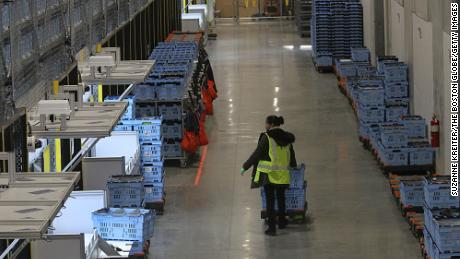 Walmart is looking to hire 20,000 supply chain workers