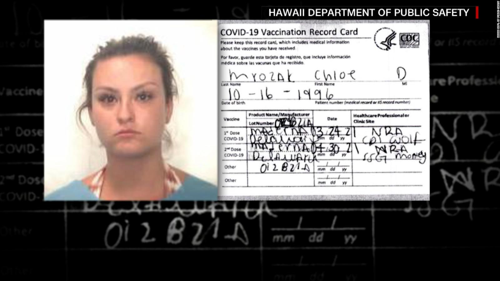 Misspelling leads to Illinois woman being arrested, charged over fake COVID-19 vaccination card at Honolulu airport