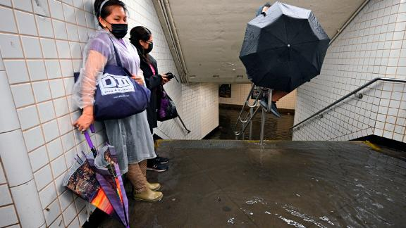 Image for Floodwaters overwhelm NYC streets, subway after Ida