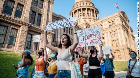 Explication: Qu'est-ce que l'interdiction de l'avortement au Texas et pourquoi est-elle importante?