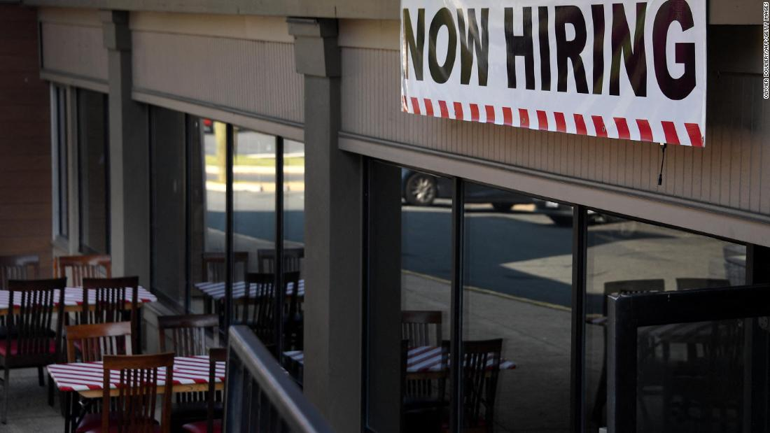 Photo of Jobless Americans left scrambling after pandemic unemployment benefits end