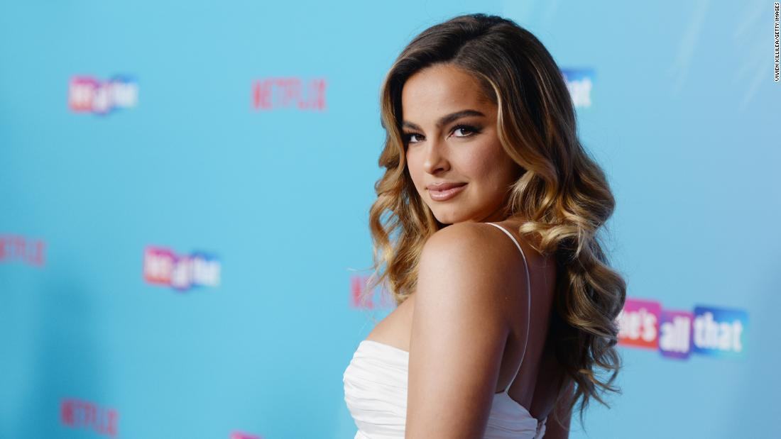 Netflix signe un accord avec Addison Rae