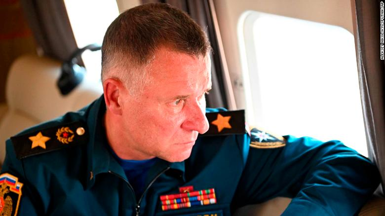 Russian minister Yevgeny Zinichev dies during training exercises in the Arctic