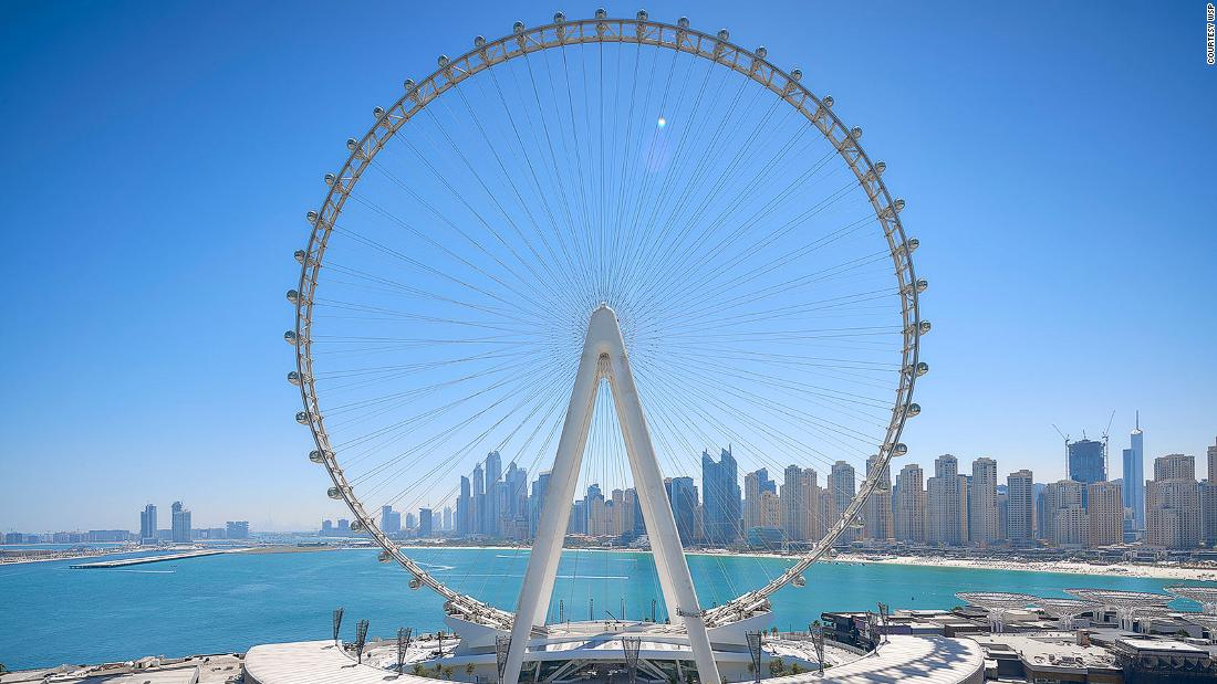 How the world's largest observation wheel was built