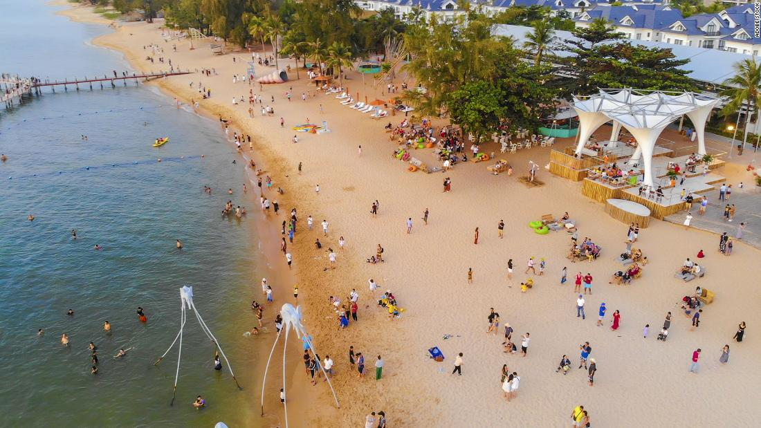 Photo of Vietnamese island Phu Quoc reopening to tourism   By Reuters