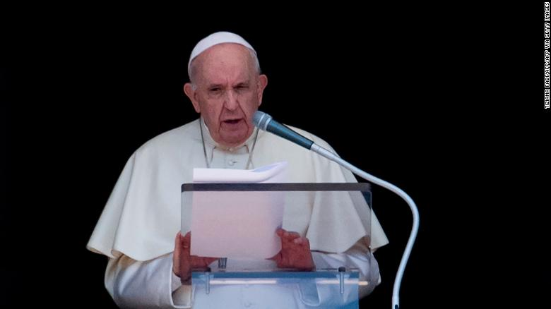 Pope Francis compares Libyan centers to 'concentration camps'