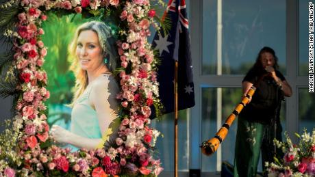 A memorial service for Justine Ruszczyk was held at Lake Harriet in Minneapolis in 2017.