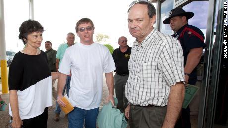 Damon Thibodeaux walks out of prison.