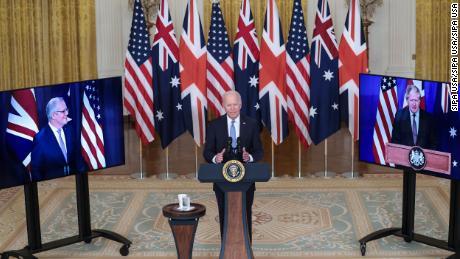 Dans le cadre de la création d'un accord sur les sous-marins entre les États-Unis et l'Australie